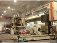多台进口五面体加工中心协同作业